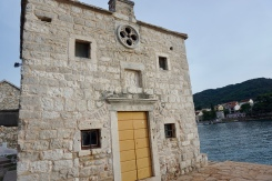 Church with a door to the sea, so very Stari Grad.